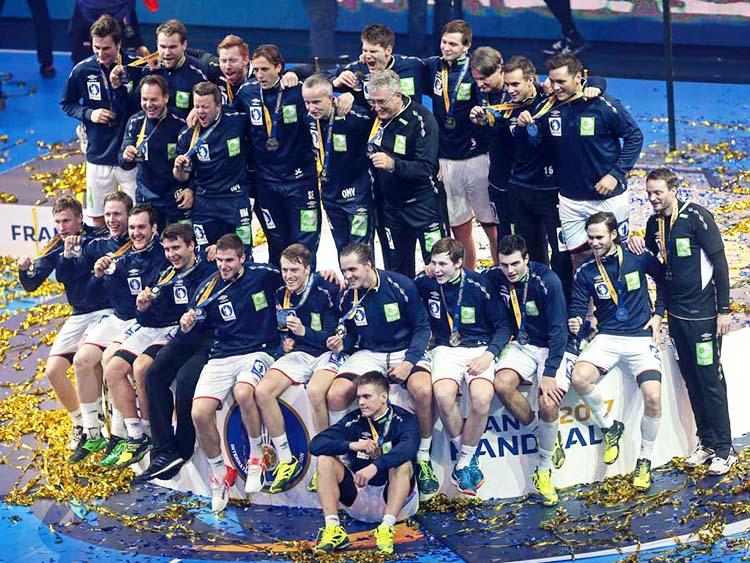 At the World Men's Handball Championship, Norway's men's handball team celebrates their silver medal