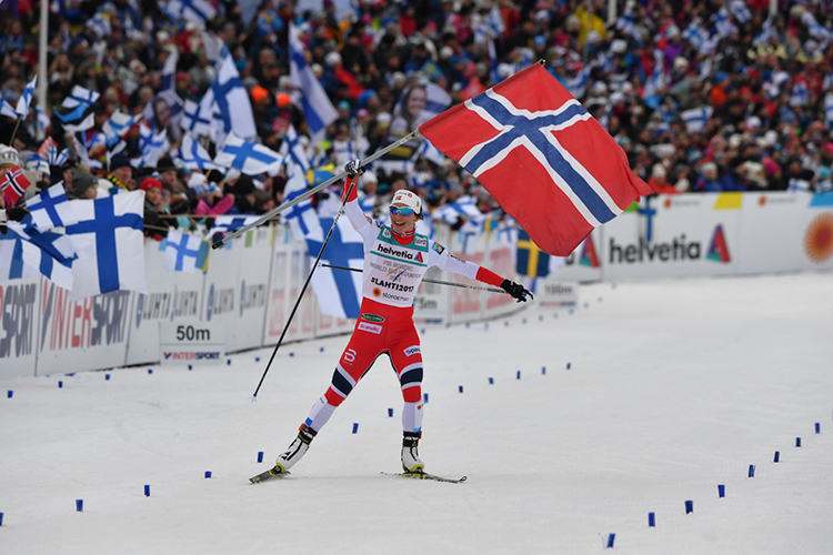Marit Bjørgen celebrates