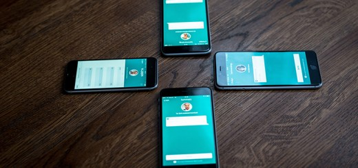 Four phones with the Vipps app open.