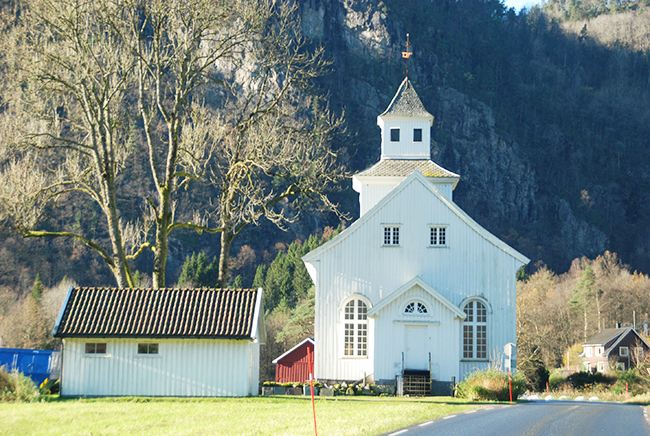 Kvås Church