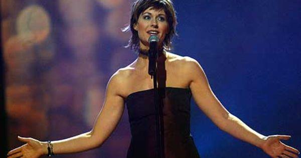 Sissel Kyrkjebø singing