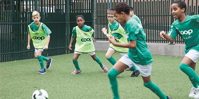 Kids playing soccer at Tøyen Sportsklubb