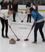woman playing the curling sport