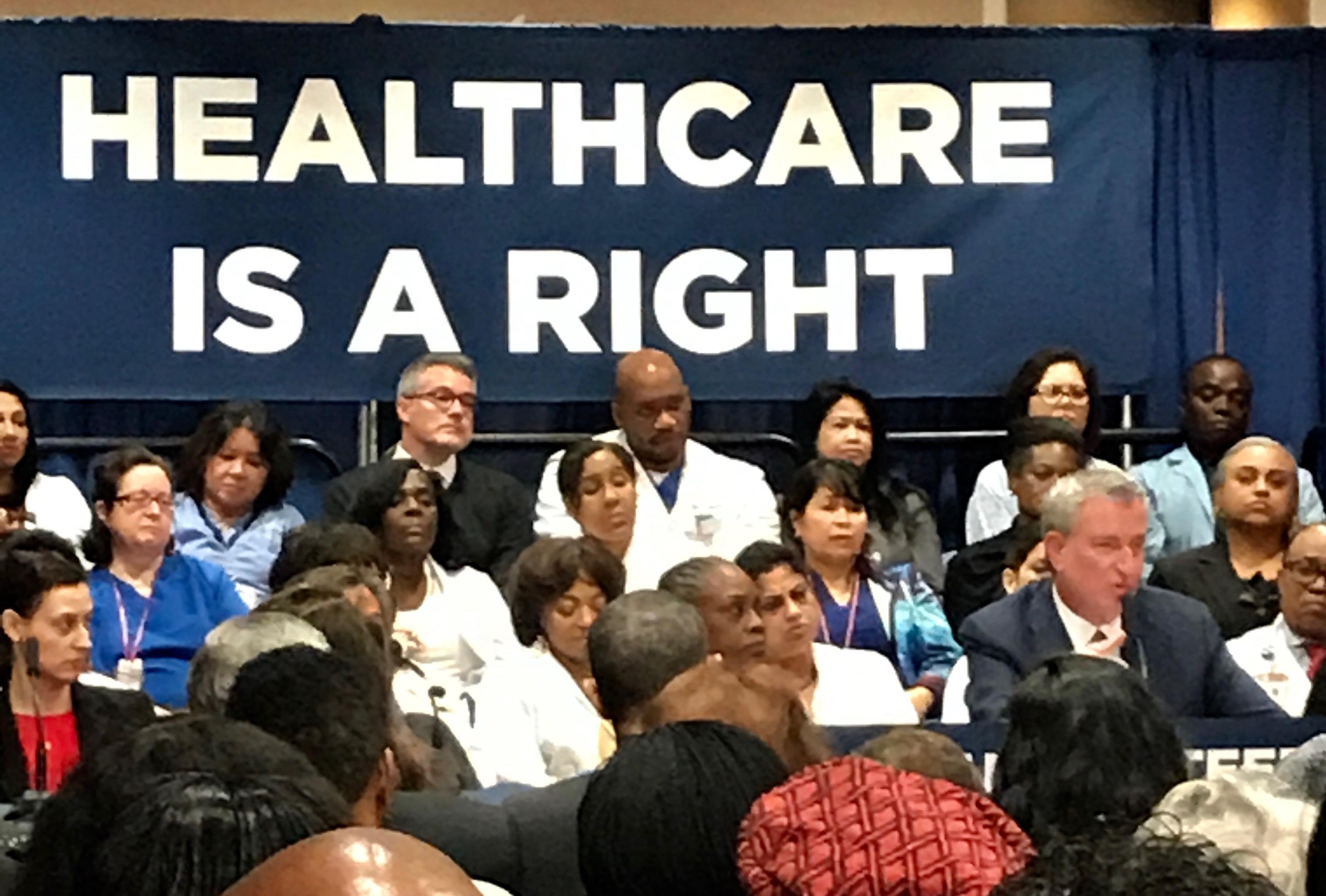 De Blasio 'Guarantees Healthcare' for all 600,000 Uninsured New Yorkers