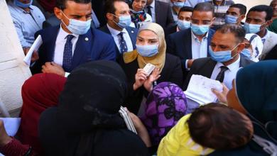 صورة وزيرة التضامن توجه بتوفير كراسي متحركة لذوي الإعاقة وحل مشاكل المواطنين