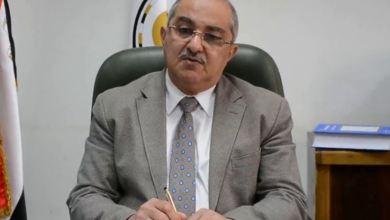 تسليم ذوي الاحتياجات الخاصة شهادات الإعفاء من التجنيد بجامعة أسيوط