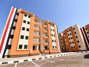 نائب وزير الإسكان يكشف تفاصيل اجتماع الوزراء مع كبار المطورين العقاريين لتنظيم السوق