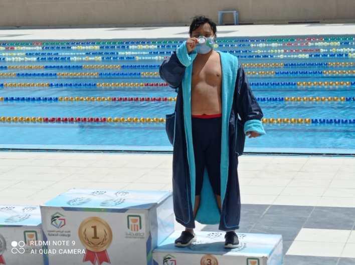 بطل من متلازمة داون.. حصل علي أكثر من 400 ميدالية في السباحة وألعاب القوي