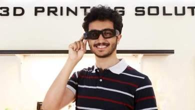 عمر عبدالسلام.. اخترع نظارة تحول الصوت إلى لغة إشارة ويعمل على تحويلها لصوت