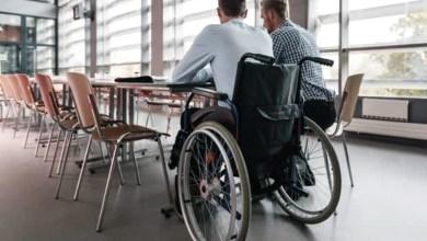 حقوق لموظف ذوي الاحتياجات الخاصة .. زيادة الإجازات وإعفاء 50% من ضريبة الدخل