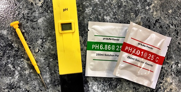 How to calibrate hydroponic pH meter