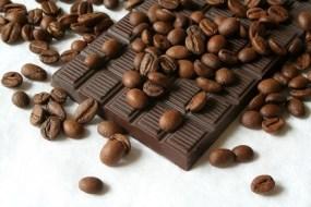 Ansiedad por comer comer dulce 【 9 Alimentos para dejar los dulces 】
