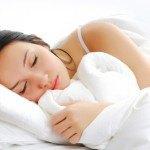 No puedes dormir? Te proponemos 9 cambios en tu dieta para dormir mejor