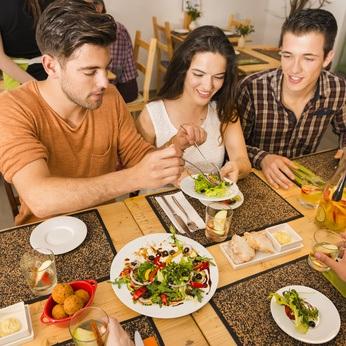 Verduras Poco Dietéticas: Papa, Maíz, Legumbres y Ensaladas engañosas
