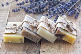 Jabones para adelgazar: Tipos de jabones reductores, usos y recetas