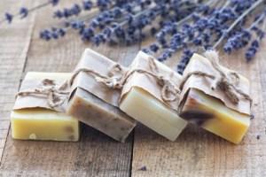 ¿Los Jabones adelgazantes de verdad funcionan? Tipos de jabones reductores, usos y recetas