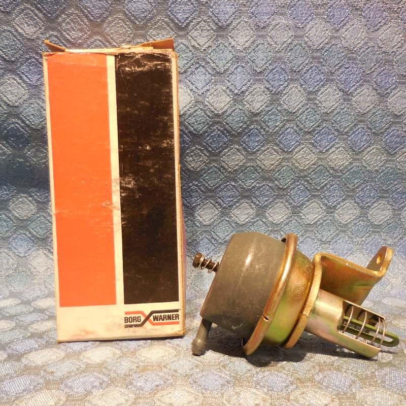 1980 Ford Truck 302 V8 NORS Carburetor Choke Pull Off # VC-560
