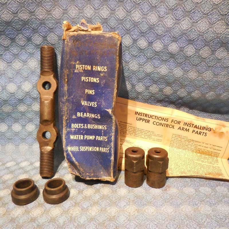 1946-1951 Kaiser 1947-51 Frazier NORS Upper Control Arm Shaft Assembly 48 49 50