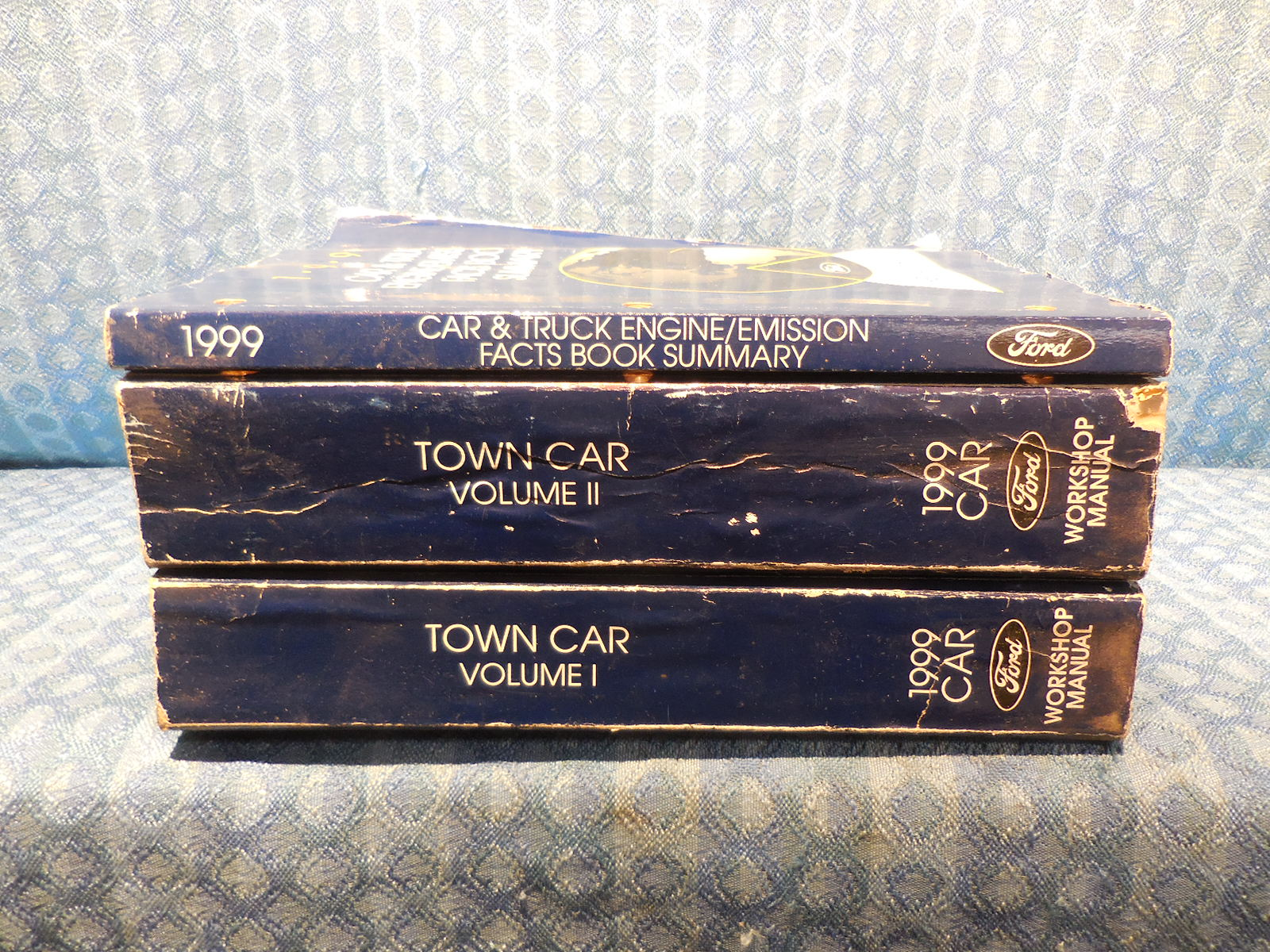 1999 Lincoln Town Car OEM Set of 3 Original Shop / Service / Workshop  Manuals