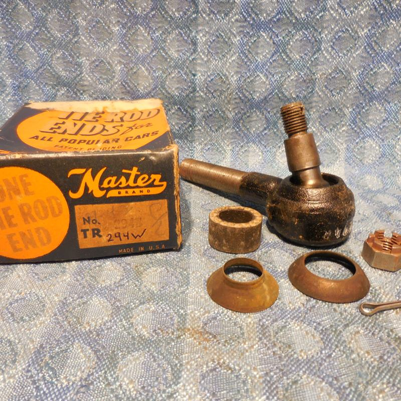 1939 Chevrolet Pass NORS R.H. Tie Rod End (Short) #TR294W (SEE DETAILED AD)