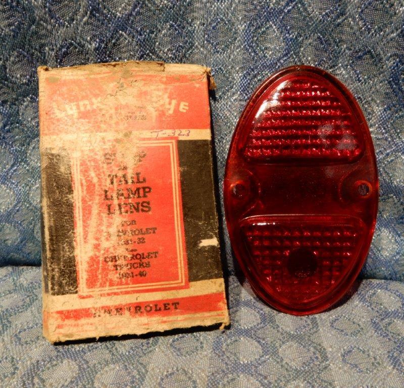 1931 32 Chevrolet Pass 1933-40 Truck NORS Tail Lamp Light Lens, Glass Lynx-Eye