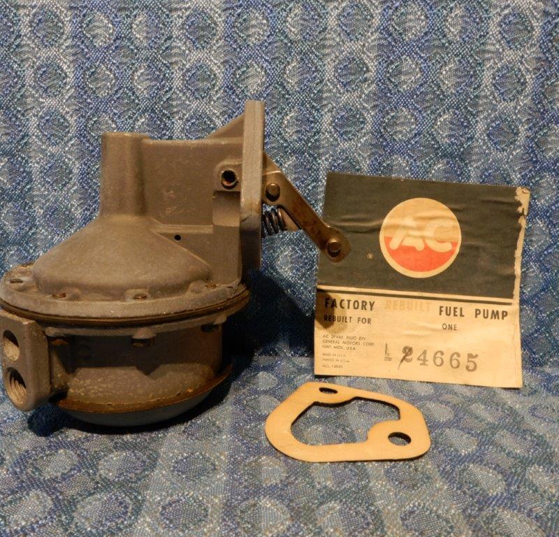 1958-1964 Chevrolet Truck V8 NORS Fuel Pump 1959 60 61 62 63 1966 #4665 (SEE AD)