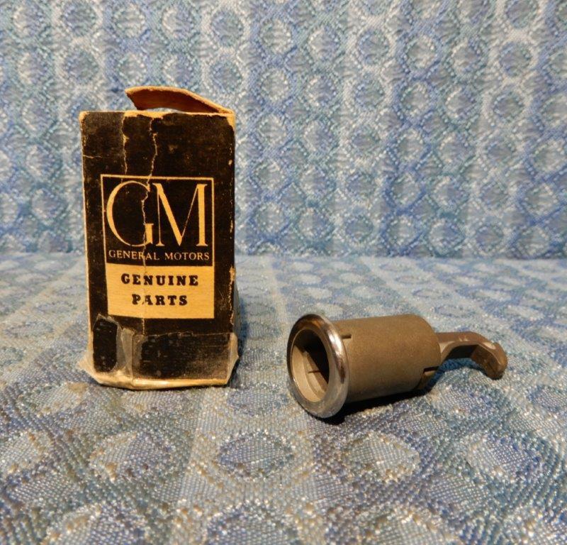 1959 1960 Pontiac NOS Glove Box Door Lock Case #4756638