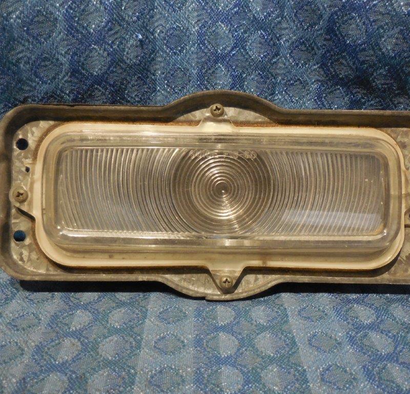 1960-66 Chevrolet Truck Original Parking Light Housing Assembly 61 62 63 64 65