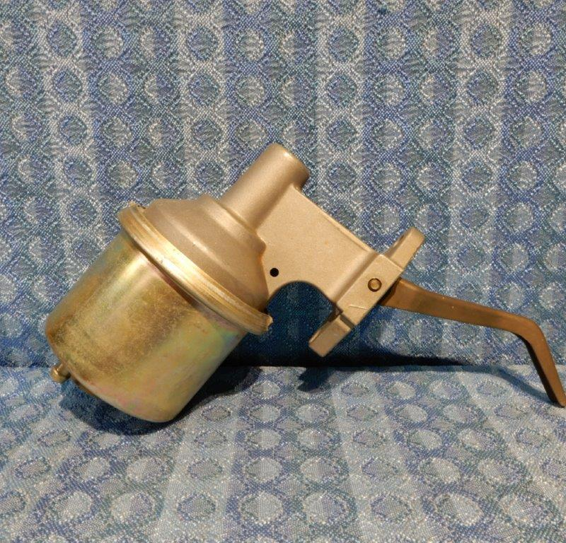 "1972 Cadillac Late Models NORS Fuel Pump #40965 3/8"" Outlet (SEE DETAILS IN AD)"