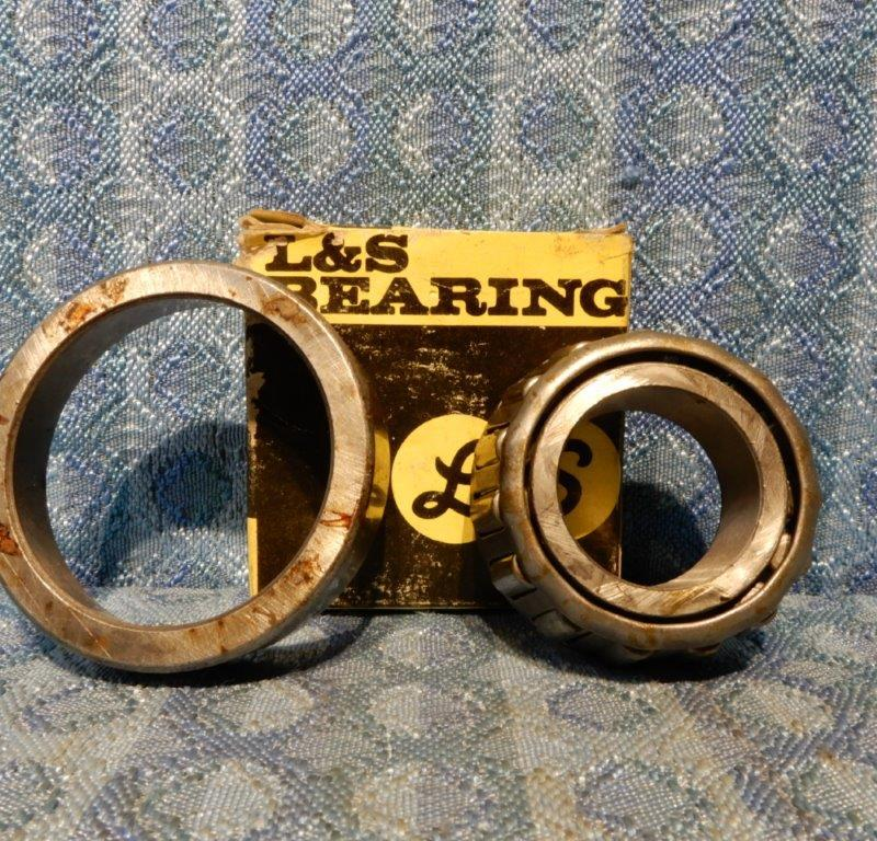 1928-1948 Ford NORS Inner Front Wheel Bearing & Cup 29 30 33 35 #A-1201 & 1202