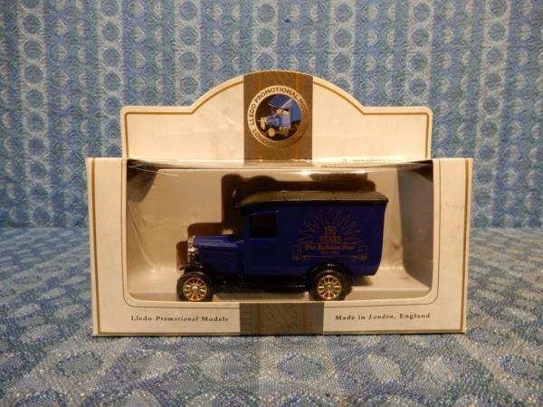 "Lledo Promotional Model ""The Jackson Sun"" 150 years Van"