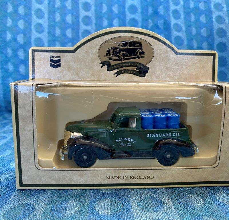 Chevron Commemorative Die Cast Metal Replica 1939 Chevrolet Pickup New In Box