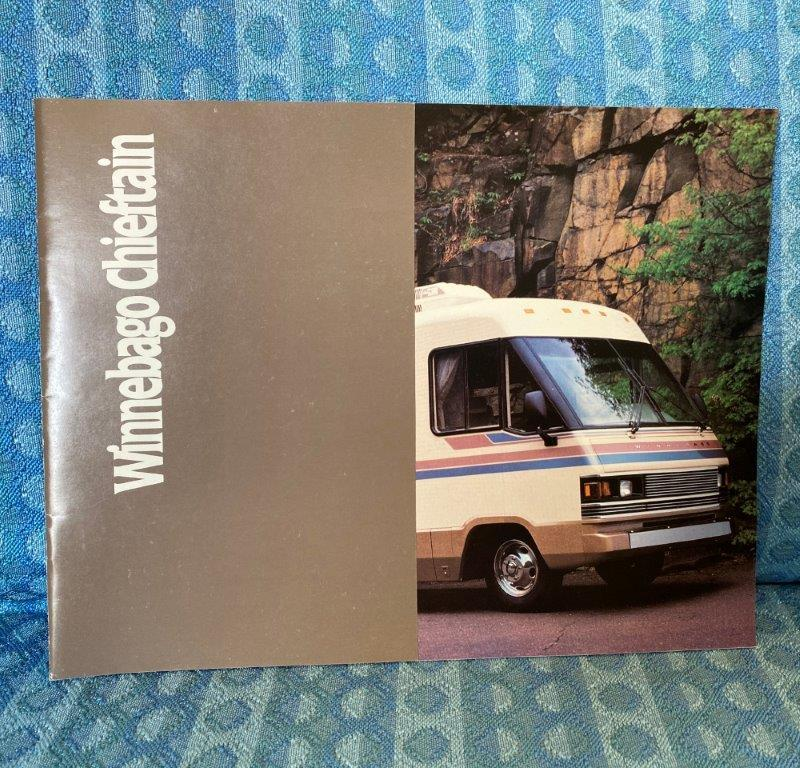 1989 Winnebago Chieftain Motorhome Original Sales Brochure