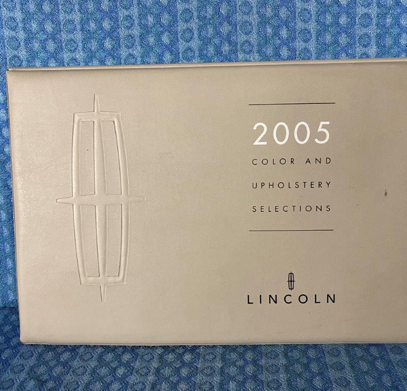 2005 Lincoln LARGE Color & Upholstery Shrowroom Album LS Town Car Navigator