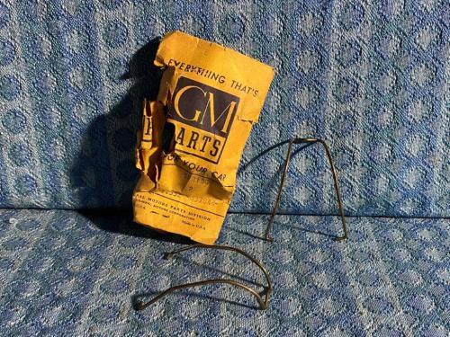 1940-1953 Chevrolet Car Truck PR Oil Pan Trough Pipe Springs 47 48 50 51 #837844
