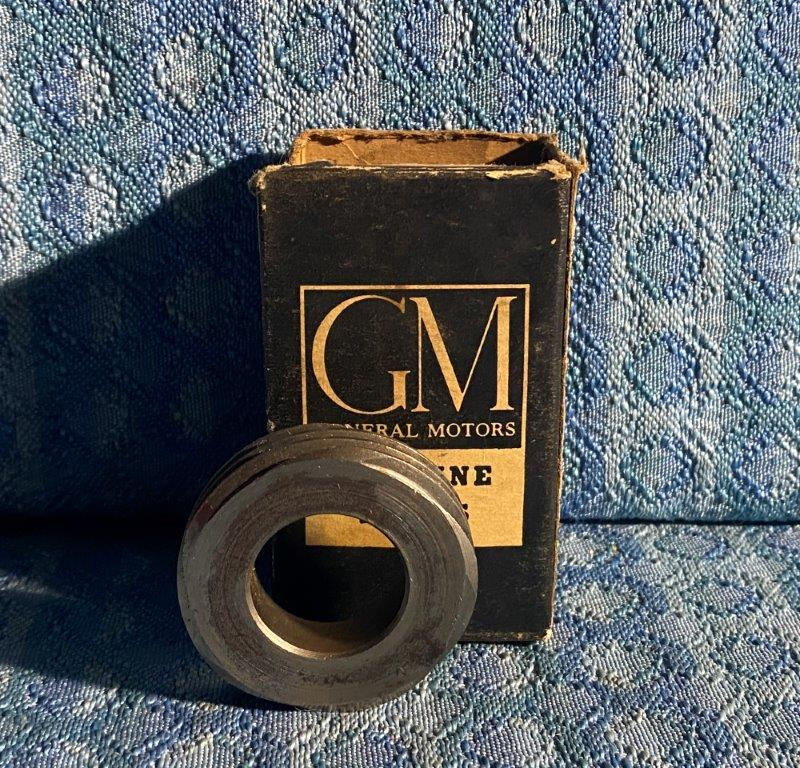 1949-1952 Chevrolet Pass NOS GM Speedometer Gear 3692233 (SEE AD) 1950 1951