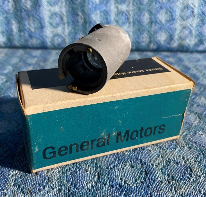 1969 GM Cars NOS GM Ignition Cyl Lock Sleeve 7024624 Cadillac Chevrolet Pontiac