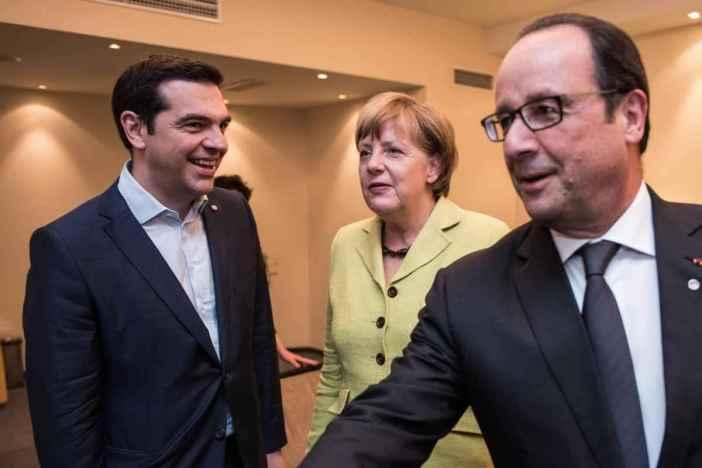 Meeting between Alexis Tsipras, Angela Merkel and Francois Hollande, during the Eastern Partnership Summit in Riga, Latvia, on May 21, 2015. / Συνάντηση του Αλέξη Τσίπρα με την Άνχελα Μέρκελ και τον Φρανσουά Ολάντ στη Σύνοδο Κορυφής Ανατολικής Γειτονίας, στην Ρίγα της Λετονίας, στις 21 Μαΐου, 2015