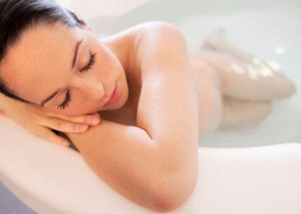 Dolori del parto laromaterapia pu aiutare  Nostrofiglioit