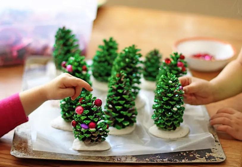 Che tu sia una maestra, o una mamma, se stai cercando idee per i tuoi bimbi, ecco cosa vediamo insieme oggi: Natale In Stile Montessori 6 Attivita Adatte Ai Vostri Bambini Nostrofiglio It