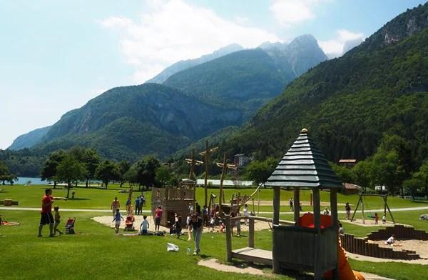 Lago di Molveno 10 cose da fare insieme ai bambini  Nostrofiglioit