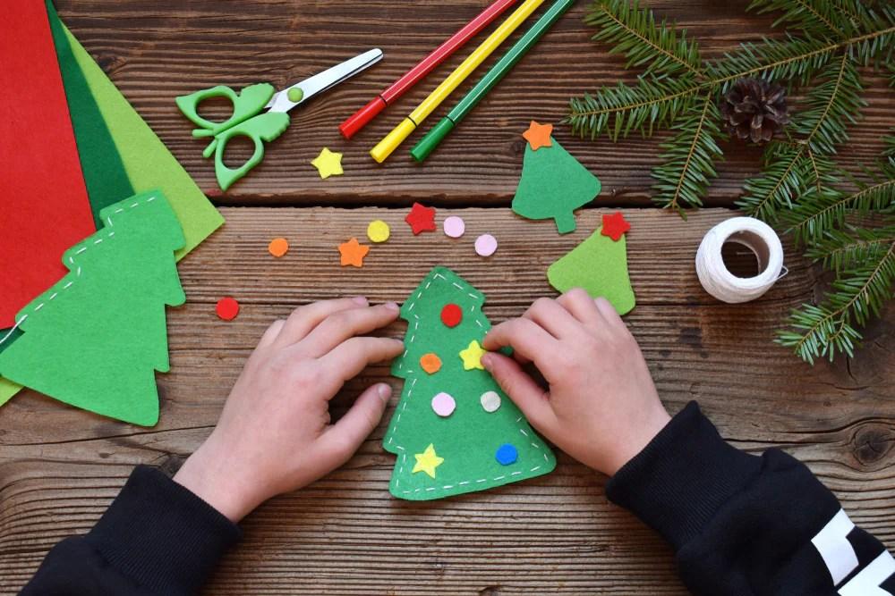 Natale auguri di buon santo stefano immagine da inviare. 10 Lavoretti Per La Vigilia Di Natale Nostrofiglio It