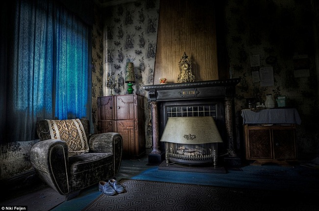 Resultado de imagen de casa antigua interior sala