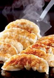 国産原料にこだわり作る餃子!「餃子の山」が1月17日に本八幡にオープン。それを記念とした『飲み放題30分390円』キャンペーンを1月17日(火)〜2月16日(木)の期間限定で開催