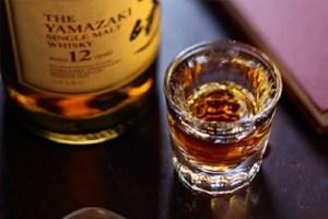 初心者におすすめのウイスキー4選!飲みやすく後悔しない銘柄のみをご紹介