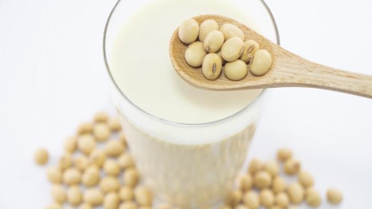 【10月12日は「豆乳の日」】豆乳割りにおすすめのリキュールをご紹介!