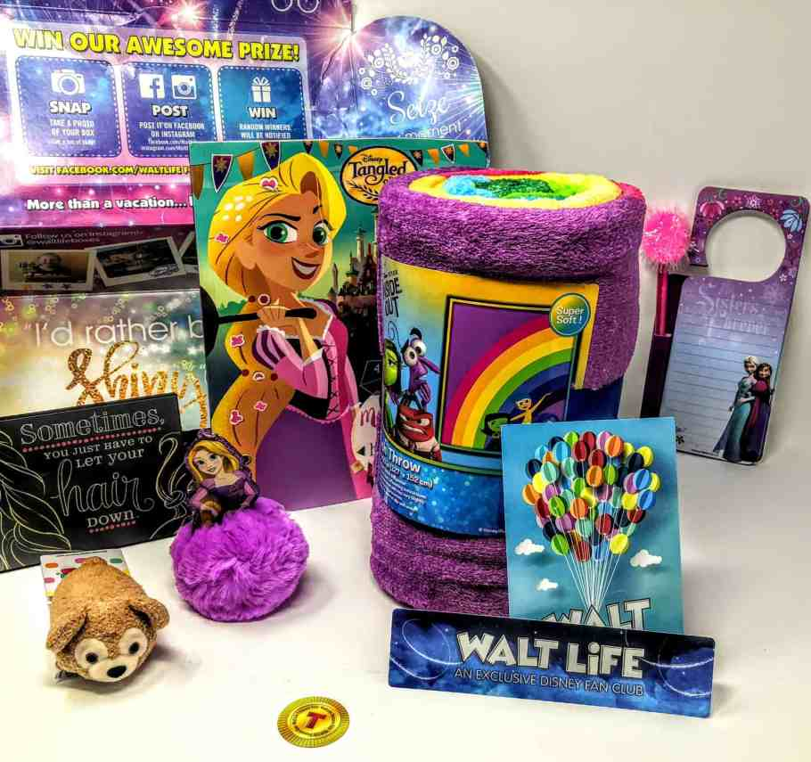 what's in the walt life box