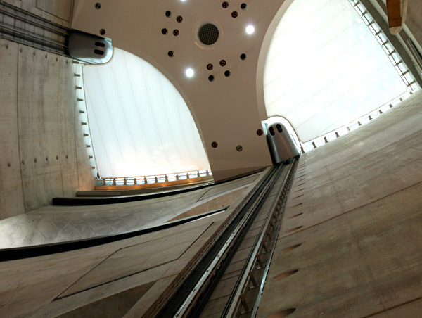 mbmuseum_elevators3.jpg