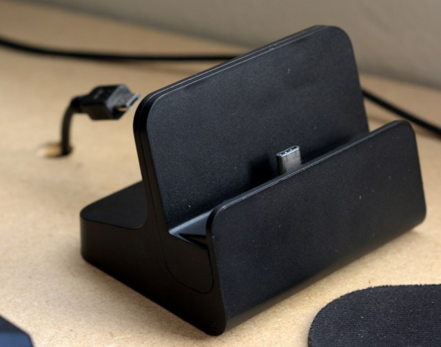 Nexus 6P desk cradle