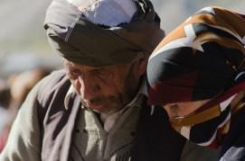 Afghanisches Paar auf dem Samstagsbasar